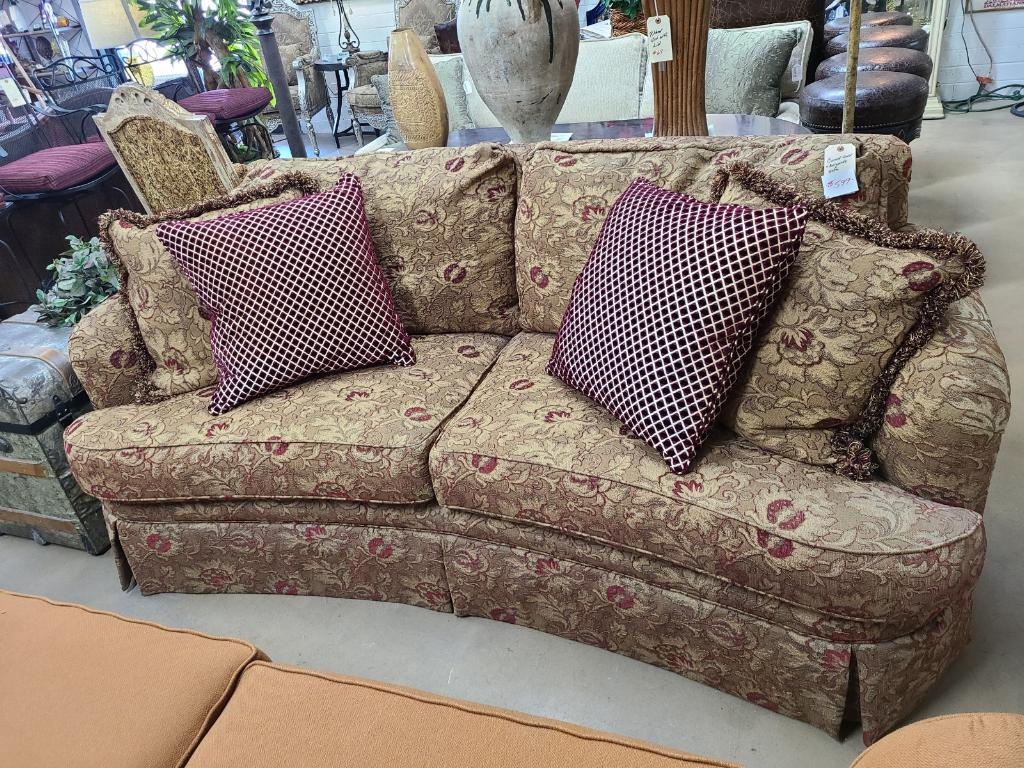 THE BEST FURNITURE STORE IN PHOENIX